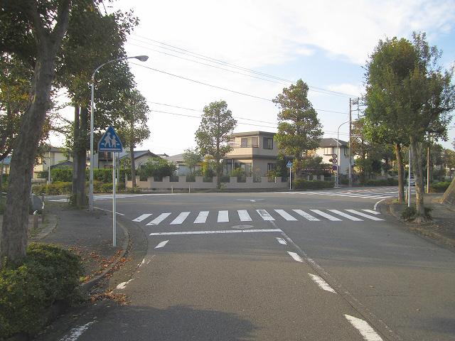 自転車の 自転車 標識 一覧 : ところで、この交差点には ...